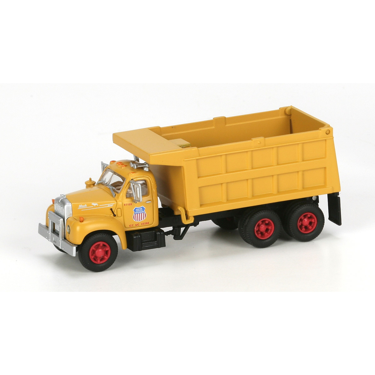 Athearn N Scale 3 Axle Tractor : Ho rtr mack b dump truck up ath athearn trains