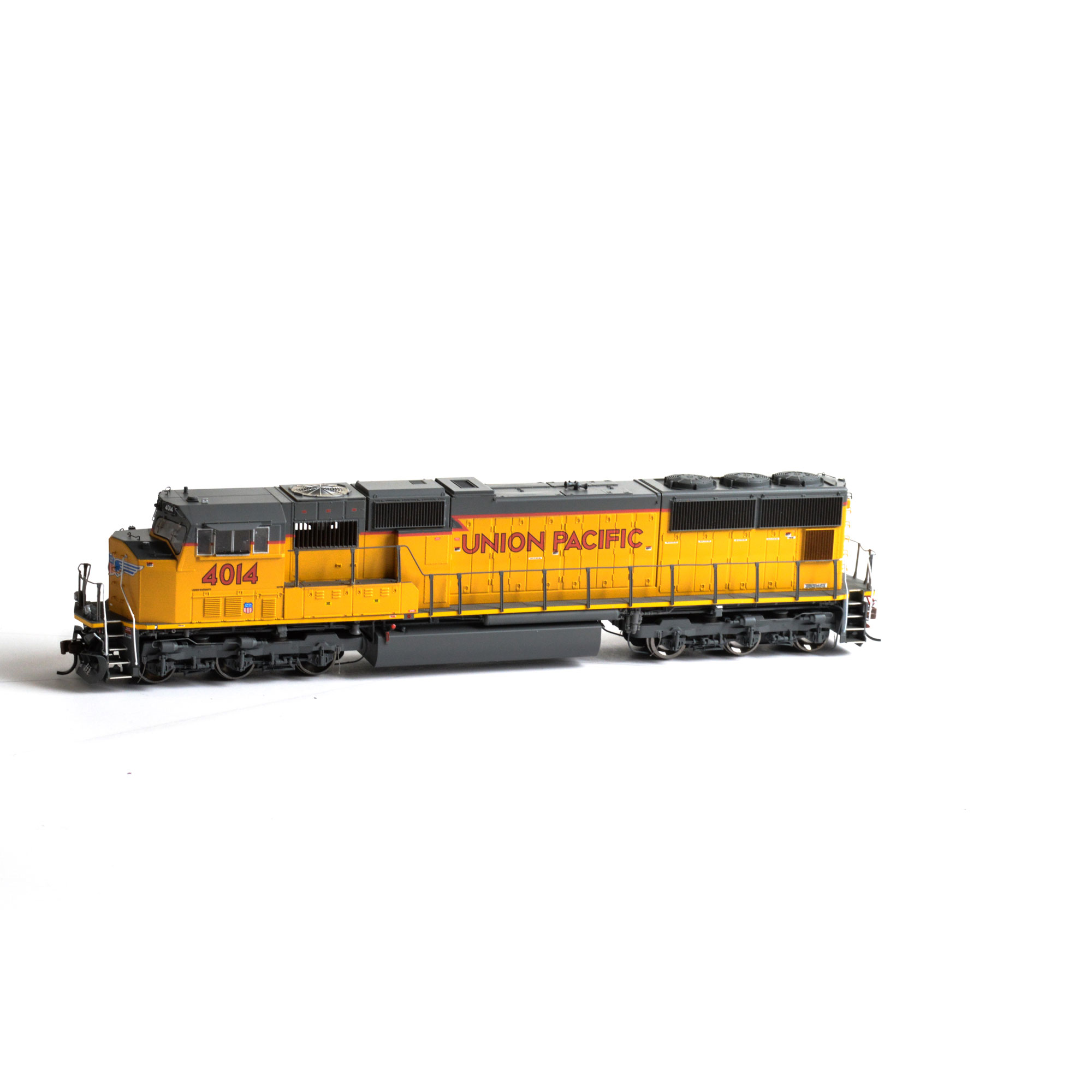 HO SD70M w/DCC & Sound, No Flag UP #4014 (ATHG69339): Athearn Trains